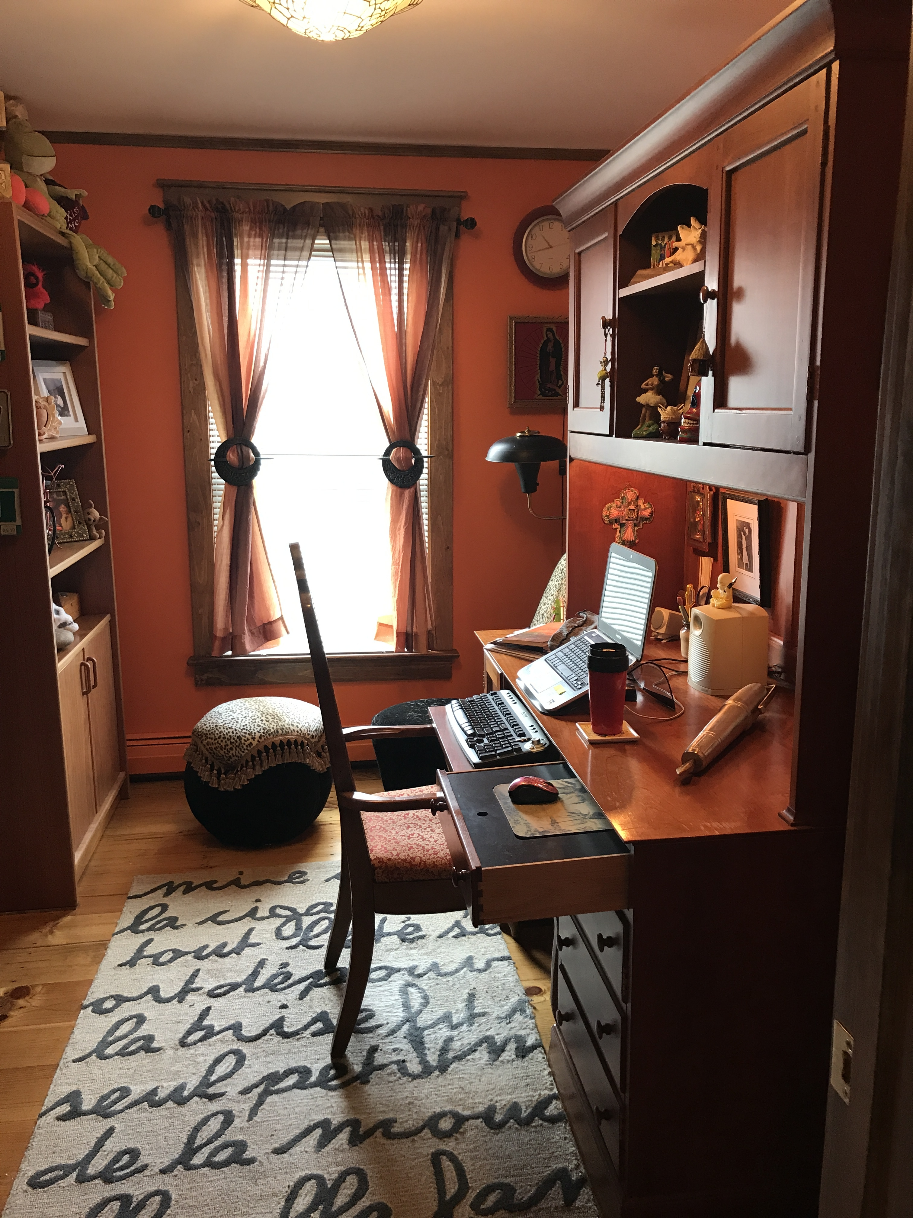 Ann Cardinal's Writing Space